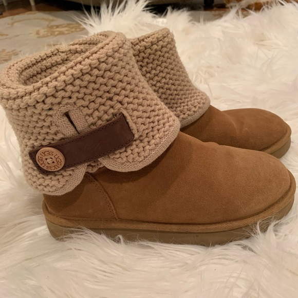 8f23581517d UGG Shaina Chestnut Boots